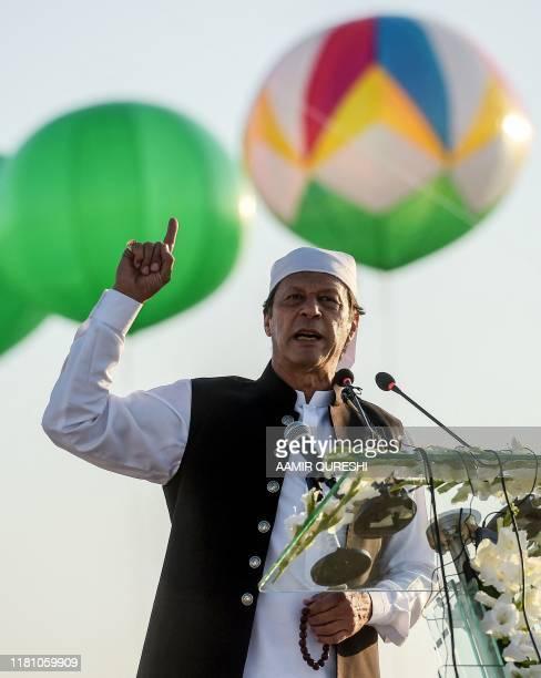 Pakistan's Prime Minister Imran Khan speaks after inaugurating the ceremony at the Shrine of Baba Guru Nanak Dev at Gurdwara Darbar Sahib in...