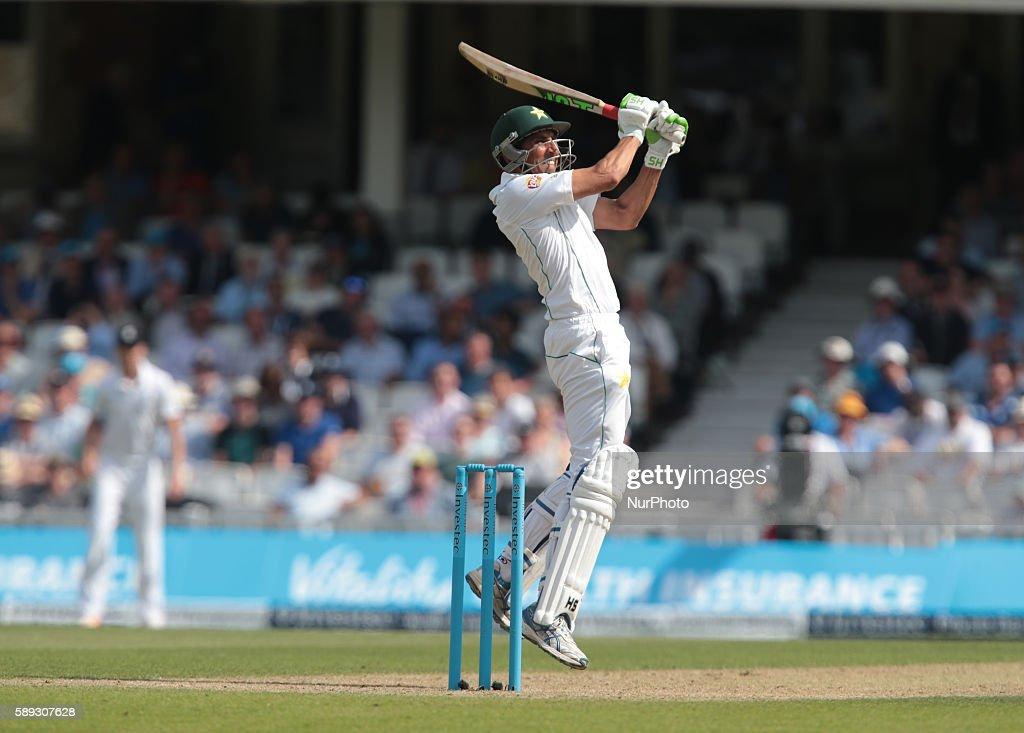 England v Pakistan: 4th Investec Test - Day Three : News Photo