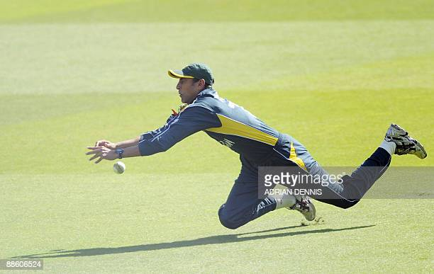 Pakistan's Younus Khan drops a catch against Sri Lanka during the ICC World Twenty20 final at Lord's in London June 21 2009 Sri Lanka scored 138 for...