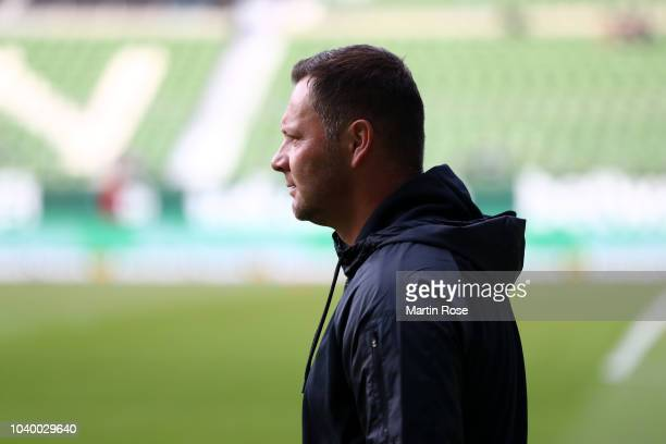 Florian Kohfeldt Manager of Werder Bremen reacts during the Bundesliga match between SV Werder Bremen and Hertha BSC at Weserstadion on September 25...