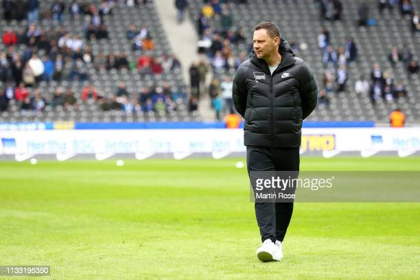 Pal Dardai Manager of Hertha BSC looks on prior to the Bundesliga match between Hertha BSC and 1 FSV Mainz 05 at Olympiastadion on March 02 2019 in...