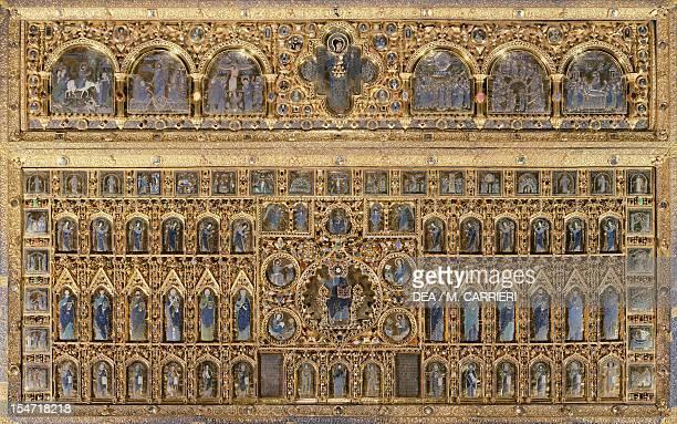 Pala d'Oro altarpiece St Mark's Basilica Venice Goldsmith art Italy 12th14th century