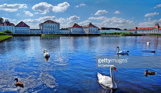 palace nymphenburg - ニュルンベルク ストックフォトと画像