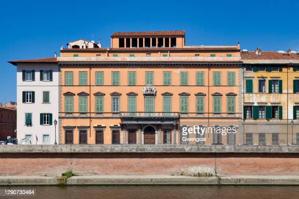 palace of prini-aulla in pisa - gwengoat stock pictures, royalty-free photos & images