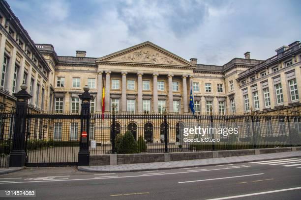 palazzo della nazione a bruxelles - palazzo reale foto e immagini stock