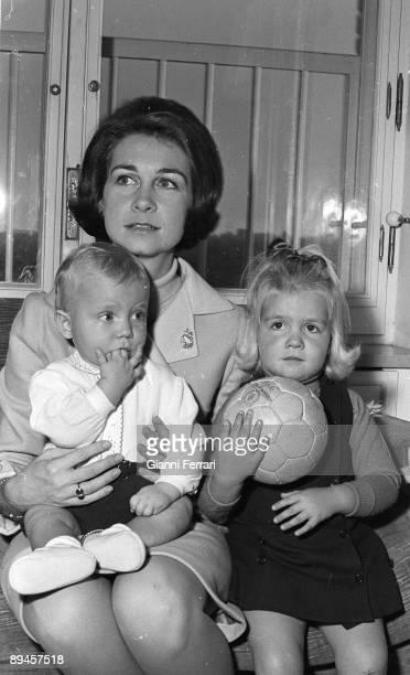 1968 Palace of the Zarzuela Madrid Spain The princess Sofia with her children Felipe and Elena