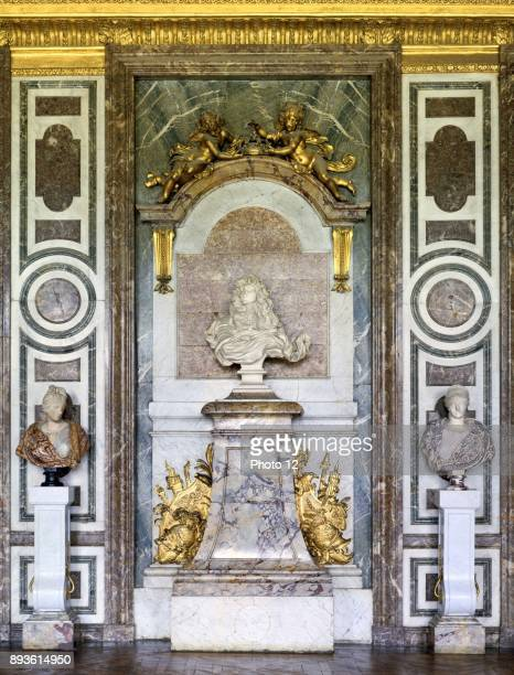 Palace of Versailles interior of the Salon de Diane A bust of King Louis X1V by Gian Lorenzo Bernini