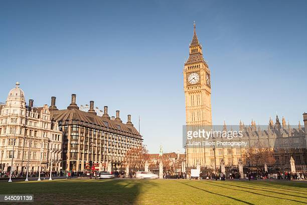 palace of westminster from parliament square - parliament square stock pictures, royalty-free photos & images
