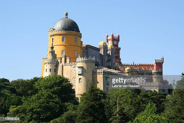 palacio da pena - sintra stock pictures, royalty-free photos & images