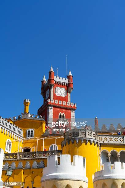 palacio da pena, sintra, portugal - portugal photos et images de collection
