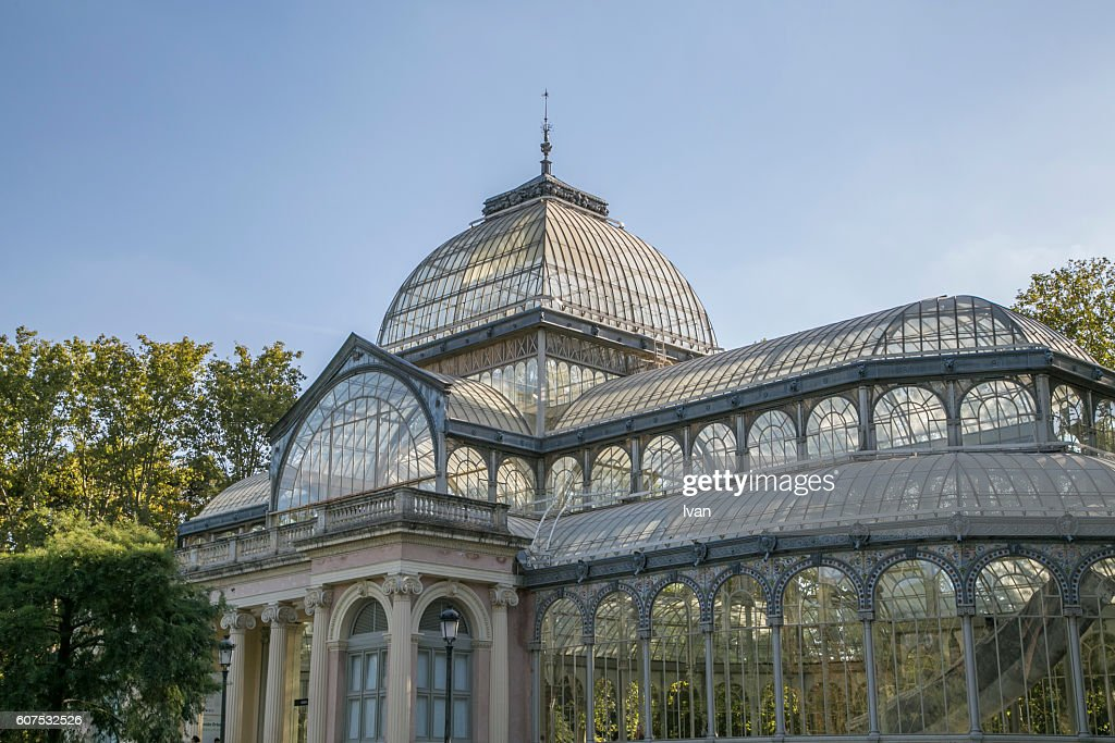 Palacio De Cristal Parque Del Buen Retiro Stock Photo | Getty Images