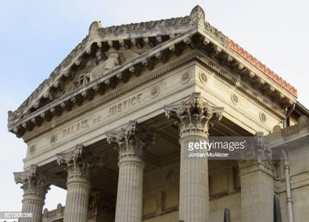 palais de justice (perpignan, france) - gerechtsgebouw stockfoto's en -beelden