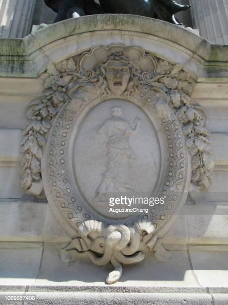 palais de la decouverte - bas relief stock pictures, royalty-free photos & images