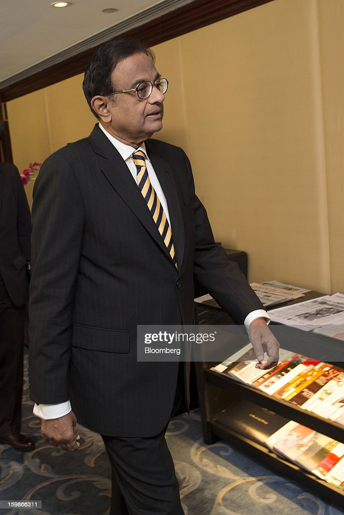 Palaniappan Chidambaram, India's finance minister, arrives for a media briefing in Hong Kong, China, on Tuesday, Jan. 22, 2013. Chidambaram said that the final call on interest rates rests with the Reserve Bank of India. Photographer: Jerome Favre/Bloomberg via Getty Images