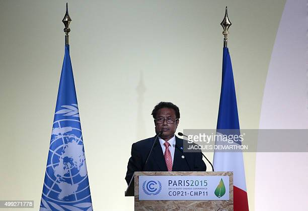 Palau President Tommy Remengesau delivers a speech at the COP 21 United Nations conference on climate change on November 30 2015 at Le Bourget on the...