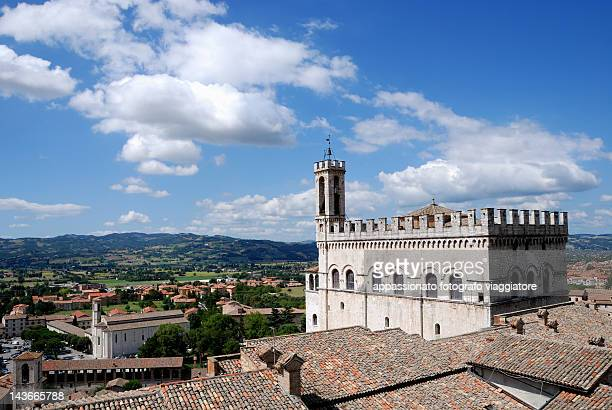 palazzo dei consoli at gubbio - gubbio stock pictures, royalty-free photos & images