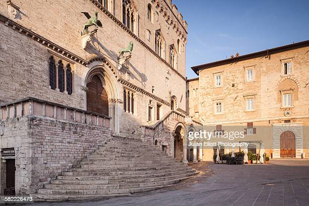 palazzo dei priori in perugia, italy. - volterra stock photos and pictures