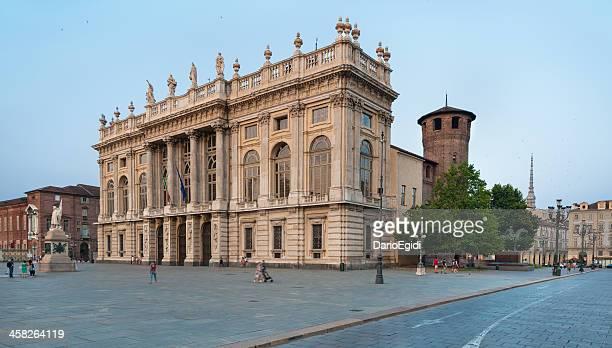 arquitectura turín palace palazzo madama - turín fotografías e imágenes de stock