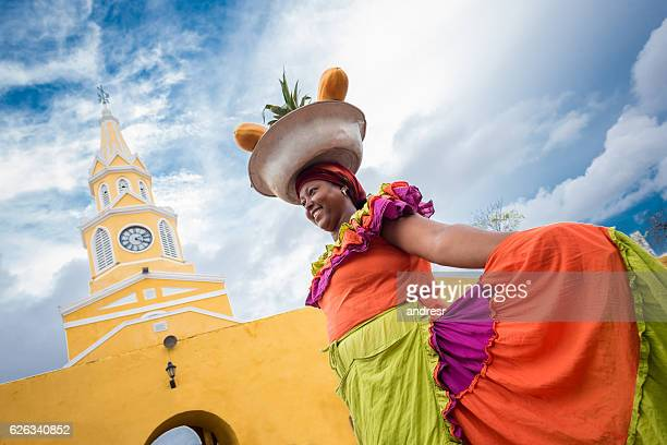 palenquera selling fruits in cartagena - south america stock pictures, royalty-free photos & images