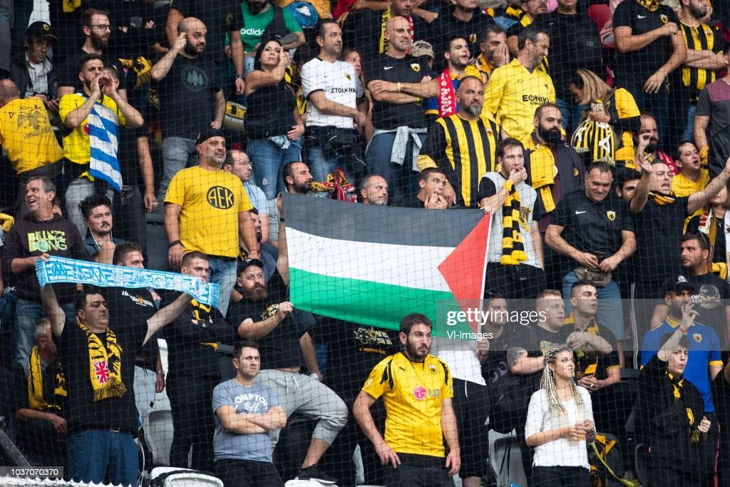 Palestina palestine vlag with aek athene supporters during