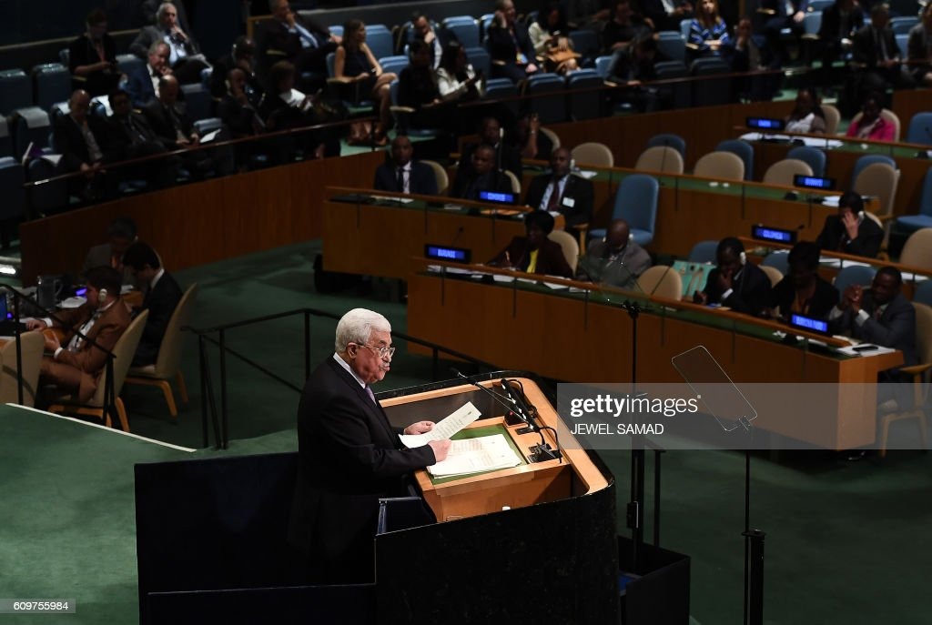 Palestinian Authority President Mahmoud Abbas addresses the 71st session of United Nations General Assembly at the UN headquarters in New York on September 22, 2016. / AFP PHOTO / Jewel SAMAD