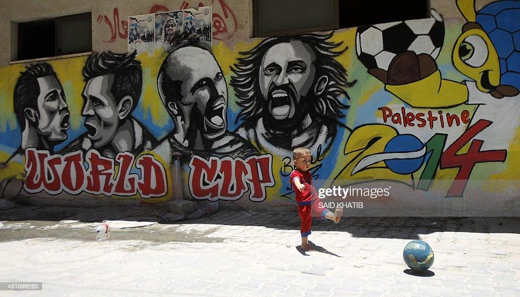 PALESTINIAN-GAZA-THEME-FOOTBALL-FBL-WC-2014-OFFBEAT : News Photo