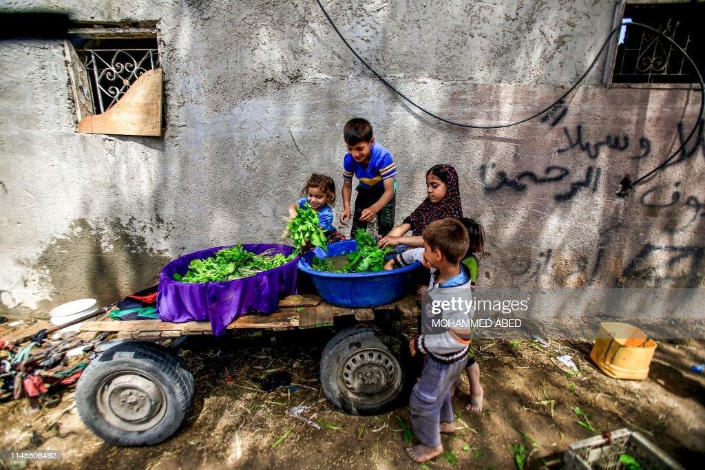 TOPSHOT-PALESTINIAN-GAZA-DAILY LIFE : Foto di attualità