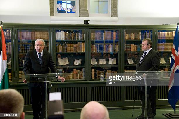 Palestinian Foreign Minister Riad Malki and his Icelandic counterpart Oessur Skarphedinsson give a press conference on December 15 2011 at the...