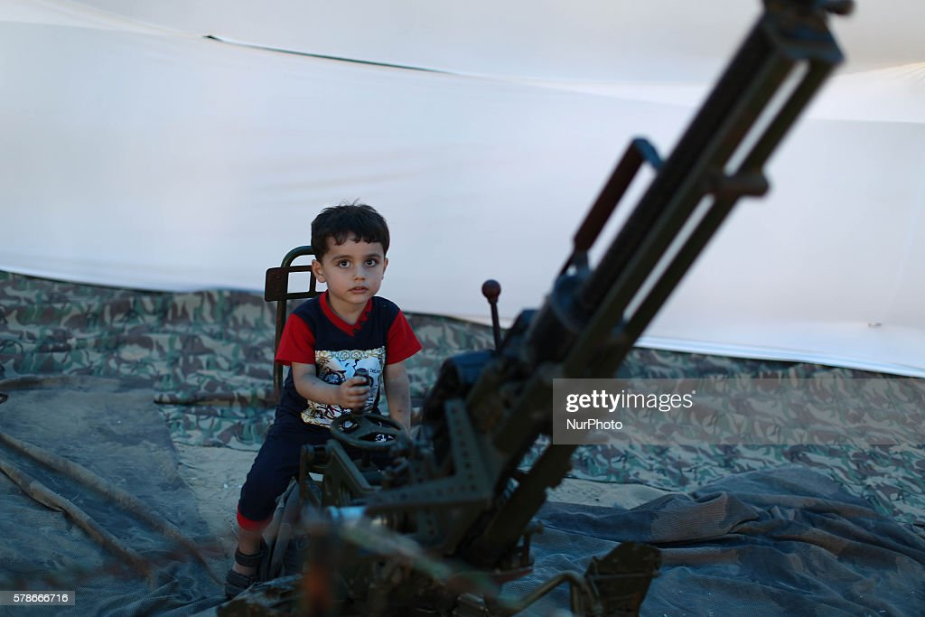 Weapons exhibition of Hamas : News Photo
