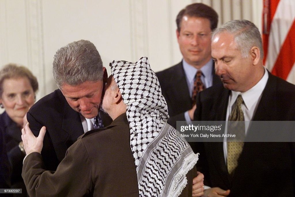 Image result for bill clinton and arafat