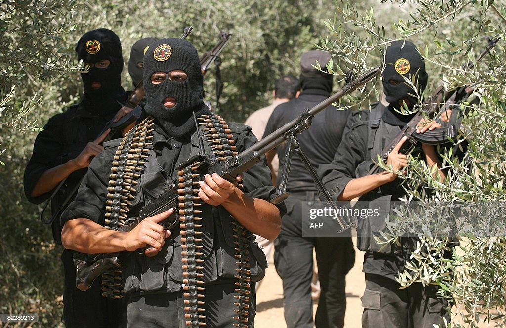 Palestinian militants from the Islamic J : News Photo