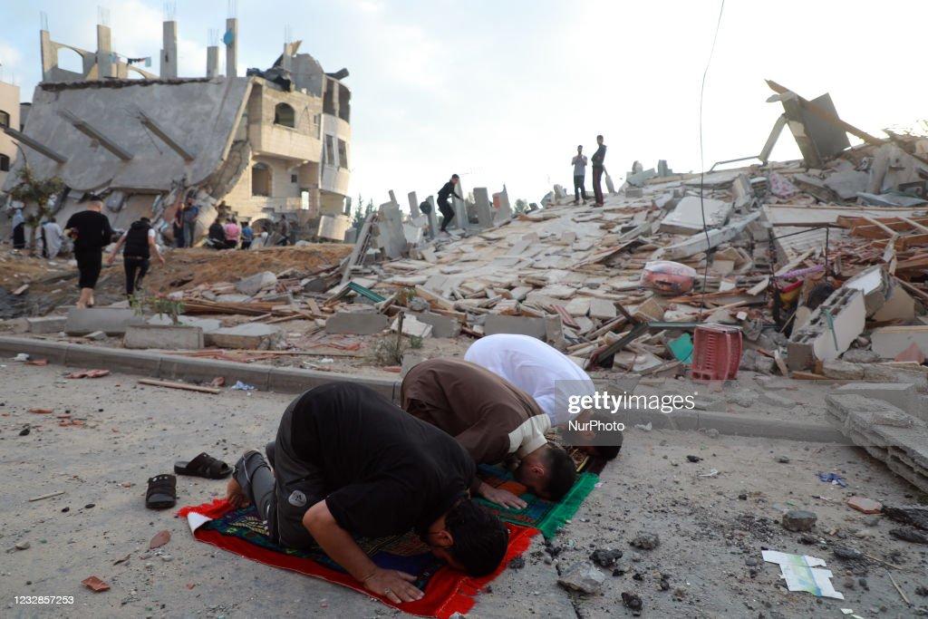 Eid al-Fitr Prayer In Gaza Amid Tensions WIth Israel : Nieuwsfoto's