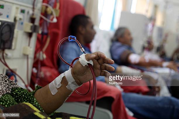 Palestinian patients get his kidneys washed at the dialysis department in the AlShifa hospital in Gaza City on November 6 2013 Gaza's lone power...