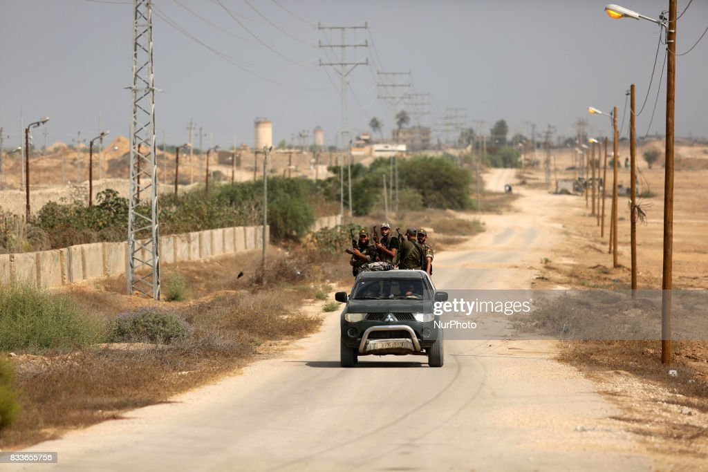 Palestinian policemen patrol on the border with Egypt, in Rafah in the southern of Gaza Strip August 17, 2017. A suicide bomber killed a Palestinian security man in southern Gaza, officials said, in what was seen as a rare Islamist attack against the Palestinian group that has run the impoverished enclave for a decade.