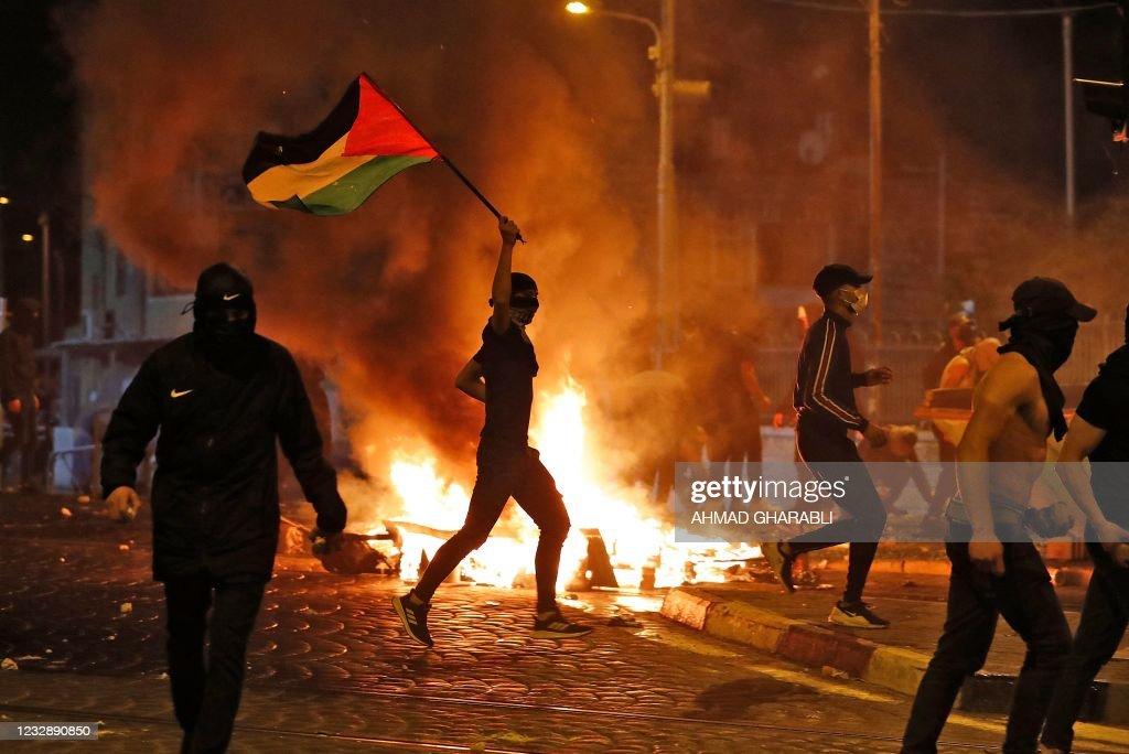 TOPSHOT-PALESTINIAN-ISRAEL-CONFLICT : Fotografia de notícias