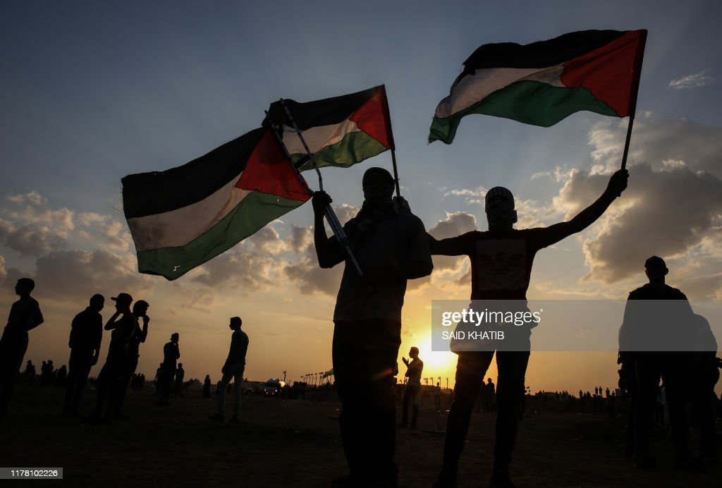 TOPSHOT-PALESTINIAN-ISRAEL-GAZA-CONFLICT-DEMO : News Photo