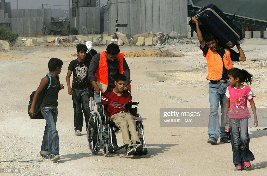MIDEAST-GAZA-EGYPT-BORDER : News Photo