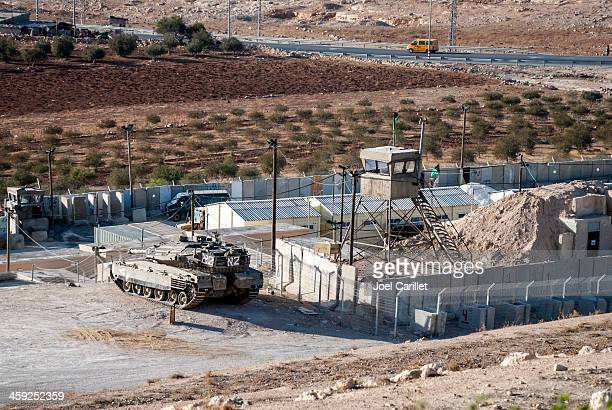 palestinian taxi and israeli tank - military base stock pictures, royalty-free photos & images