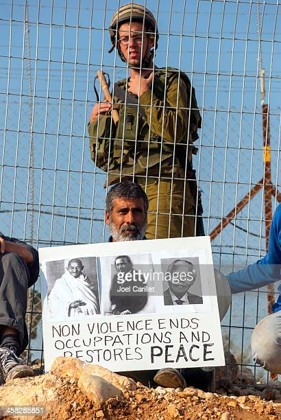 palestinians and non-violence - social inequality stock pictures, royalty-free photos & images