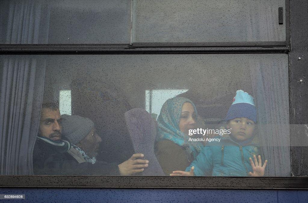 Rafah Border Gate reopened for three days : News Photo