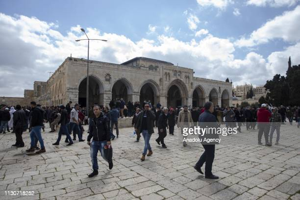 Palestinians gather for the Friday prayer at Masjid alAqsa in Jerusalem on March 15 2019