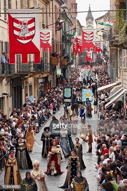 Palio di Asti :  Parata per le strade con costumi storici