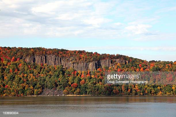 palisades autumn - palisades amusement park stock pictures, royalty-free photos & images