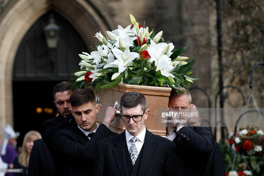 Funeral of 1966 World Cup Goalkeeper Gordon Banks : News Photo