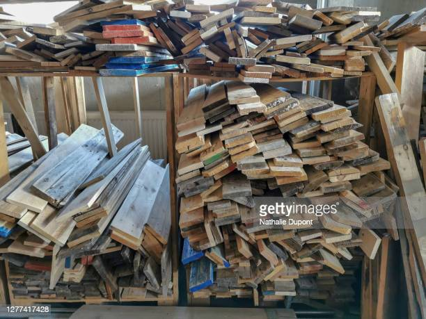 pallet wood planks - charleroi stock pictures, royalty-free photos & images