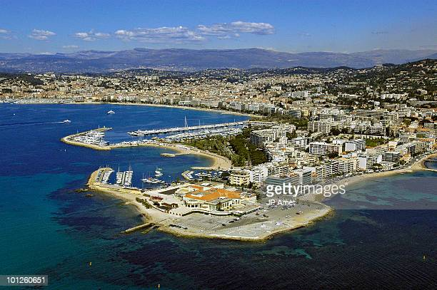 palm beach in cannes, alpes maritimes, france - palm beach cannes stock photos and pictures