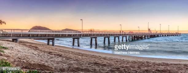 palm cove jetty - pier stock pictures, royalty-free photos & images