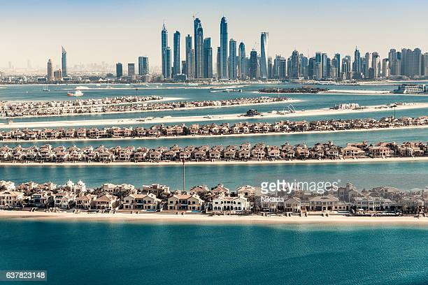 palm jumeirah, dubai, uae - east stock pictures, royalty-free photos & images