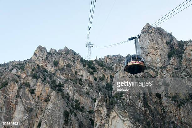 palm springs aerial tranway - overhead cable car stock pictures, royalty-free photos & images