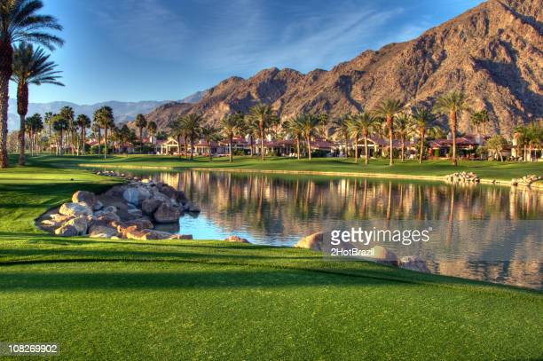 palm springs golf course - palm springs stock-fotos und bilder